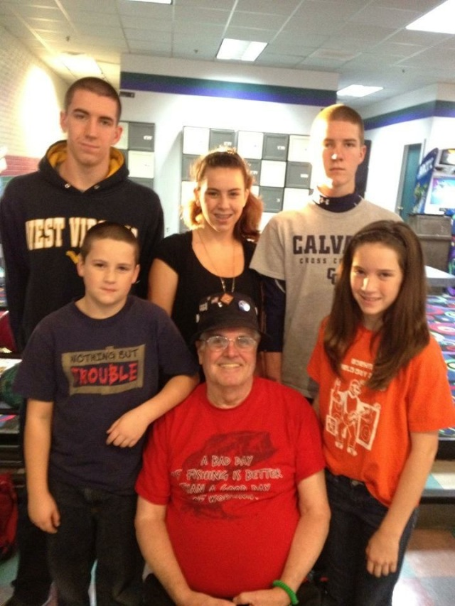 ed-molloy-with-grandkids